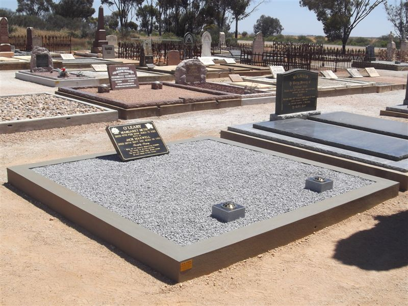 Manufacturers and installers of marble & granite memorials